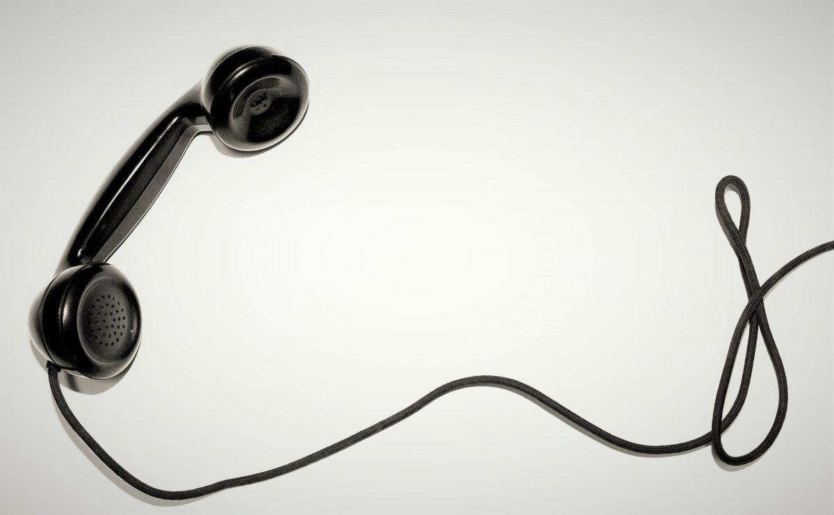 Styrk jeres psykiske arbejdsmiljø med TrivselsTelefonen